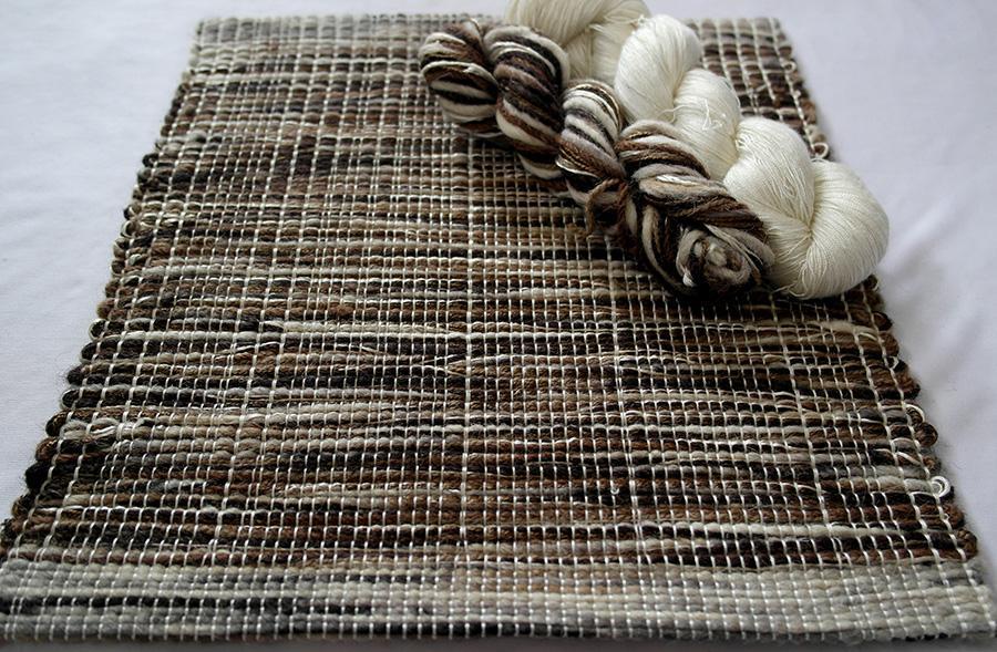 Earthy Autumn, Ivory, HL-ZVEA-IV03 Shades of Mahogany, caramel, linen, slate grey, ivory